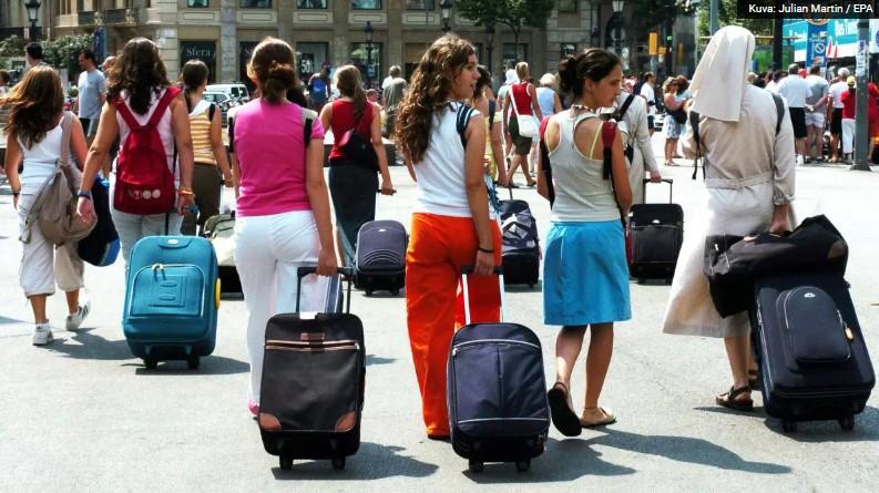 Matkailuala kiittelee hallitusta matkustusrajoitusten höllentämisestä – Espanjan ja Ruotsin avautumista toivotaan mahdollisimman pian