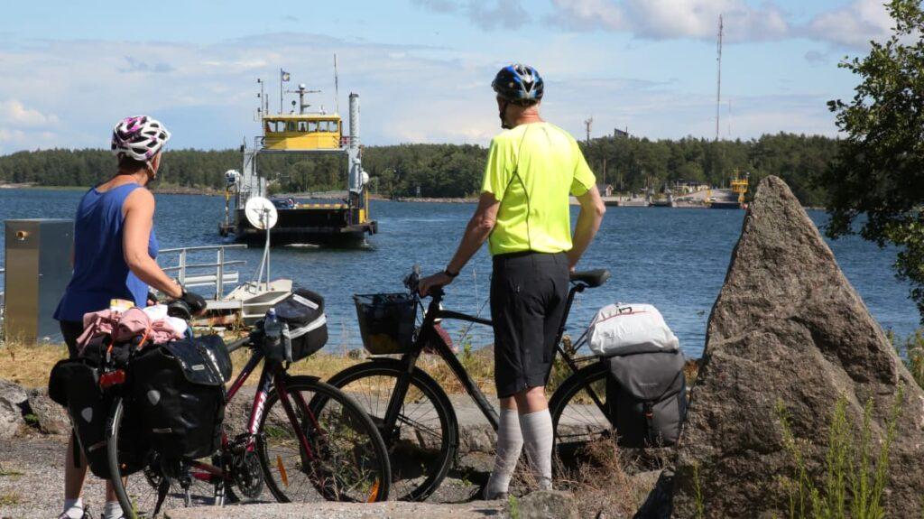 Pyörämatkailu vastaa ajan henkeen: suosion kasvu näkyi viime kesänä Turun saaristosta Lappiin